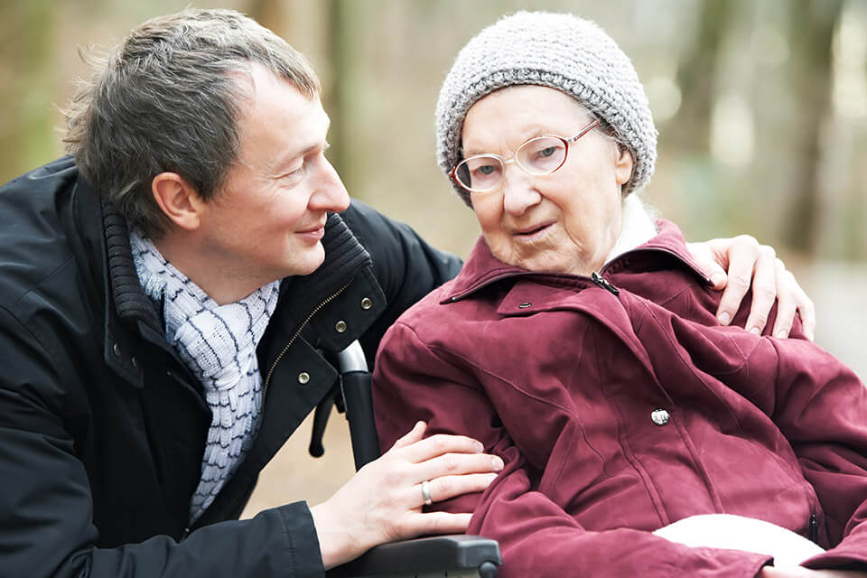 Horizon Live-in carer with elderly woman in wheelchair